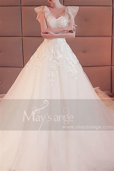 robe de mariée et blanche dentelle robe mariage blanche manche courte voile douce dentelle et