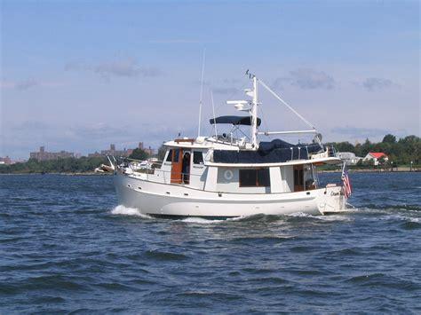 Catamaran Boat Wiki by Trawler Wikip 233 Dia