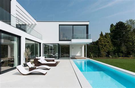 Moderne Kubische Häuser by Moderne Villa Mit Verr 252 Cktem Balkon Moderne H 228 User