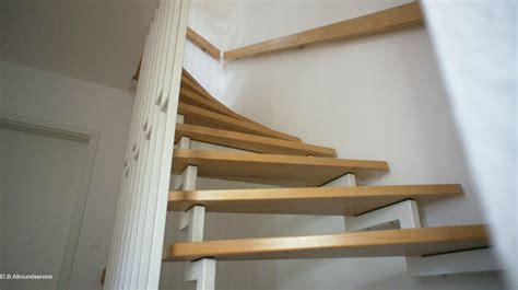 holz abschleifen und neu lackieren treppenstufen aus holz aufarbeiten abschleifen und lackieren d b allroundservice