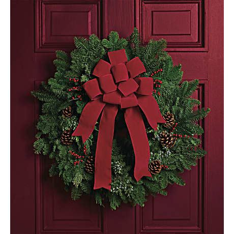 ways  decorate  christmas wreath  home