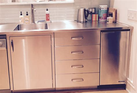 Customizable Stainless Steel Residential Cabinets