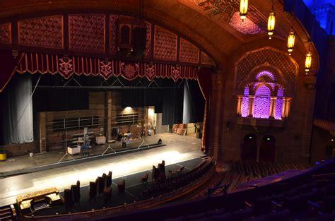 fabulous fox theatre  offer   scenes tours  signal