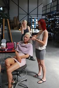 Makeup Artist at Work — V2_Lab for the Unstable Media
