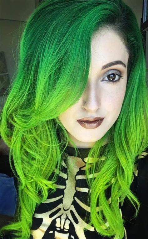 Best 25 Dark Green Hair Ideas On Pinterest Emerald Hair
