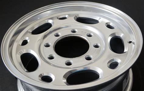 Chevrolet Silverado 2500 5079pr Oem Wheel