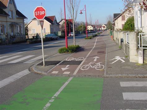 sidewalk   bike lane rvarc