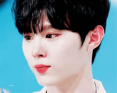 Crying Idols Male Seok Woo Kim