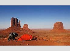 Campen im Monument Valley Lichtwert eV