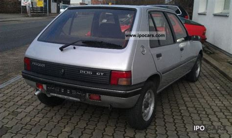 1992 Peugeot 205 Photos, Informations, Articles