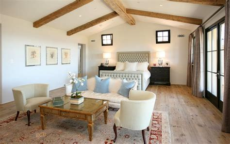 how to furnish a small room how to decorate a long and narrow bedroom