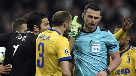 Champions League: Uefa condemns abuse of referee Michael ...