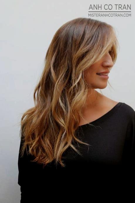 coiffure femme cheveux mi coiffure tendance 2018 femme cheveux mi