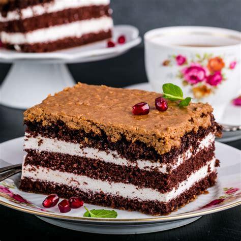 recette gateau au chocolat  la creme chantilly facile