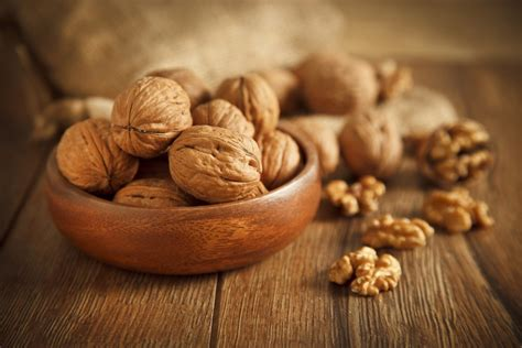 walnuts  reduce type  diabetes risk offer additional