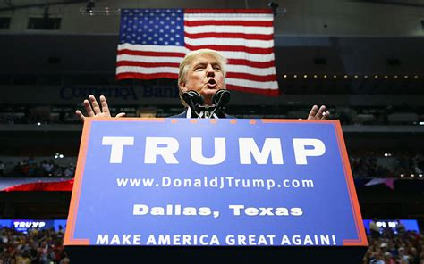 trump texas donald state returns rally dallas republican event candidate american september
