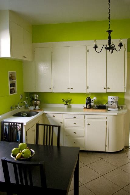 lime green kitchens 1000 ideas about lime green kitchen on green 3797