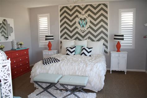 chevron bedroom decor how to wallpaper a space using a chevron pattern