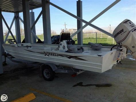 Used Xpress Boats For Sale In Louisiana by 2004 Used Xpress X21b Aluminum Fishing Boat For Sale