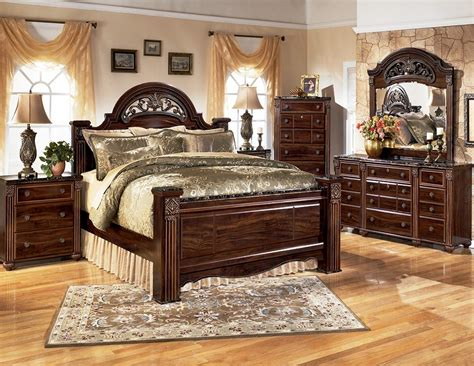gabriela poster bedroom set  ashley  coleman