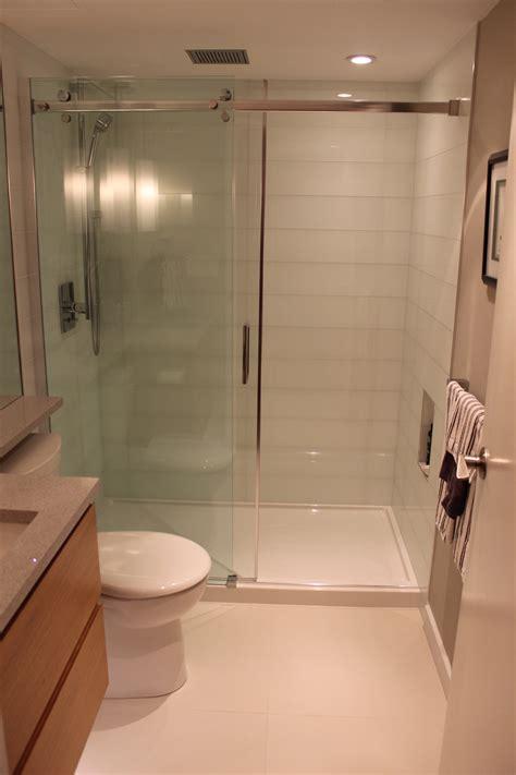 small condo bathroom ideas bathroom renovating bathrooms in small apartment home interior design ideas faucets storage