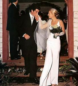 Why angelina jolie39s wedding dress designer stands to make for Carolyn bessette wedding dress