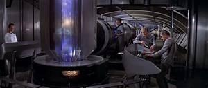 Star Trek - Why Did Warp Cores Become Vertical
