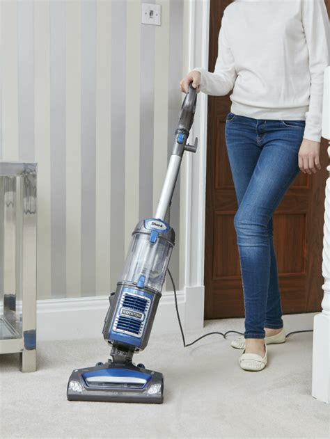 shark rotator slim light lift away vacuum cleaner shark rotator lift away slim light upright vacuum cleaner