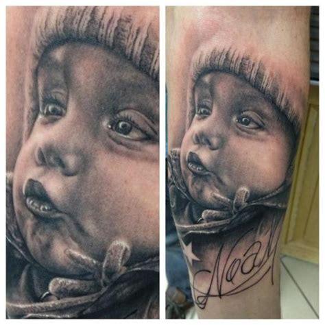 arm realistische kinder tattoo von vicious circle tattoo