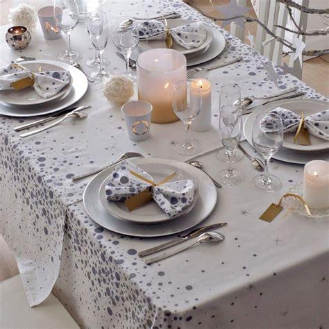 nappe de fete noel nappe linge de table table d 233 coration