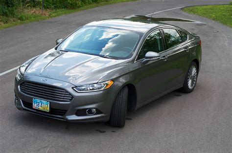 The Detailed Review Of Ford Fusion For 2015 Model Year
