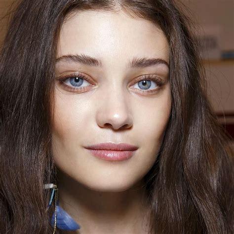 comment maquiller des yeux bleus maquillage des yeux bleus comment maquiller des yeux bleus