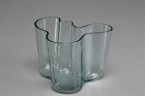 Alvar Aalto Savoy Vase by Jacksons Savoy Vase Alvar Aalto