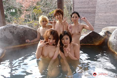 Having Fun In Group Sex In Hot Springs