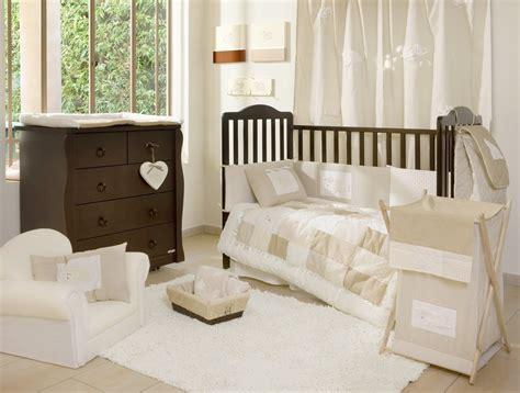 Beige, Cream And White Bedroom Decorating Ideas