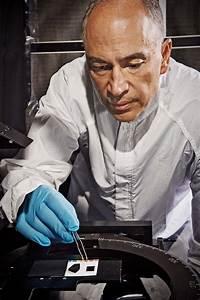 NASA engineers develop 'blacker than black' nanotubes (w ...