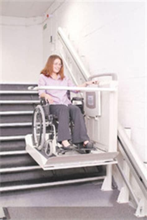 monte personne pour escalier plateforme monte escalier ooreka