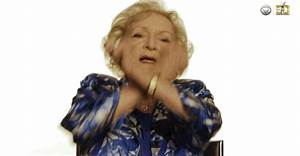 Photo De Dab : betty white queen gif find share on giphy ~ Medecine-chirurgie-esthetiques.com Avis de Voitures