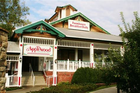 apple barn restaurant pigeon forge apple fritters apple julep picture of applewood