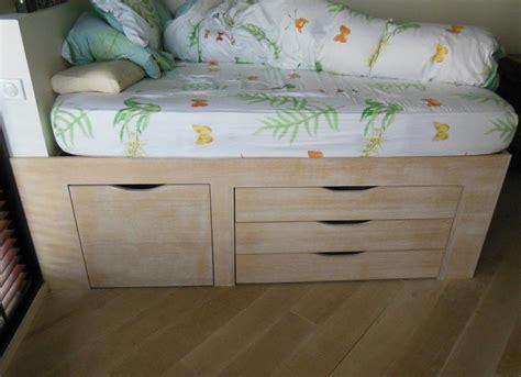 lit sur lev avec bureau lit sureleve avec rangement maison design bahbe com