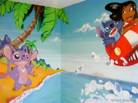 chambre pour deux enfants décoration chambre lilo et stitch deco