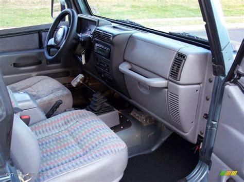 interior jeep wrangler gray interior 1997 jeep wrangler sport 4x4 photo 40967016