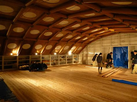 shigeru ban designs temporary studio for kyoto
