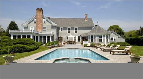 house    hamptons house