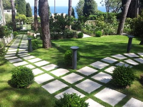 Stepping Stone Paths And Bridges For Backyard