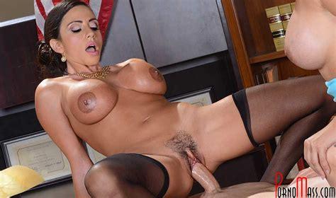 Sex porno. Porn erotic photographs of naked sexy girls. Vaginal sex.
