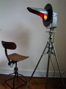 Lampadaire Salon Industriel : lampe industrielle artsenick ~ Teatrodelosmanantiales.com Idées de Décoration