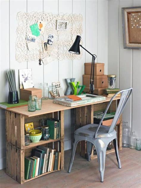 bureau gris metal dans meuble 1001 idées et tutos pour fabriquer un meuble en cagette