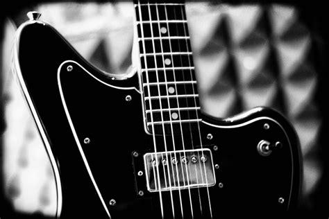 Jaguar Baritone by Fender Jaguar Baritone Special Hh 2007 Black Guitar For