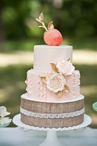 wedding cake ideas Tulle & Chantilly Wedding Blog